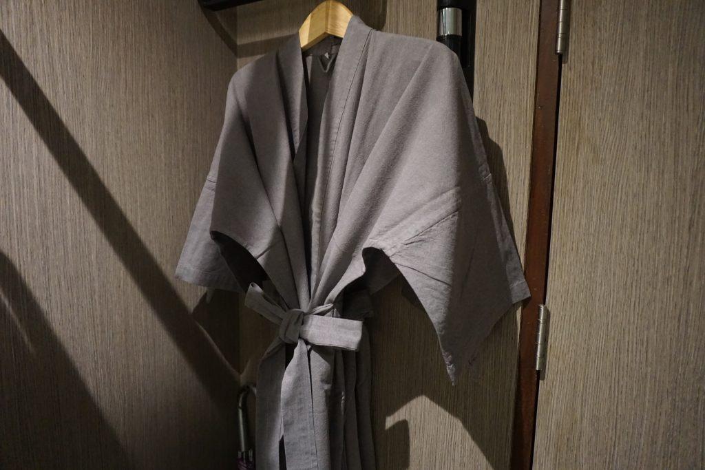 ホテルに備え付けのルームウェア