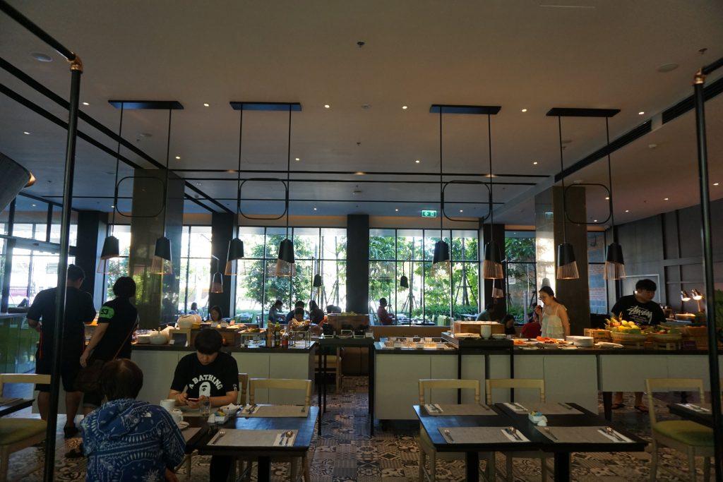 ユー二マンチェンマイの朝食スペース
